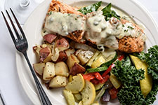 Stuffed Salmon Filet with Spinach Creola